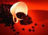 El café no es perjudicial para los pacientes cardiovasculares o hipertensos