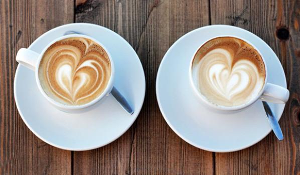 Dos cafes con leche