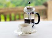Cafe preparado en cafetera francesa